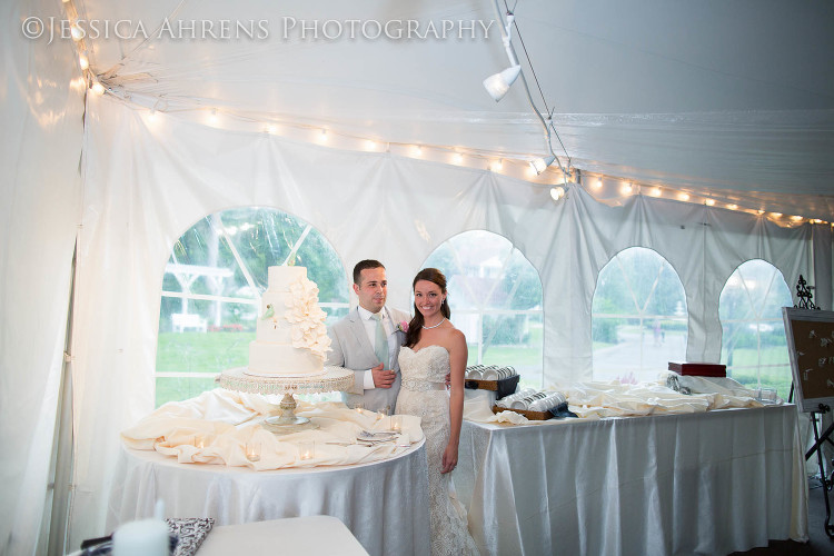 avanti mansion outdoor wedding photography buffalo ny_126