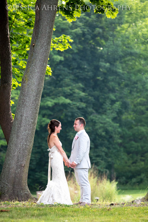 avanti mansion outdoor wedding photography buffalo ny_136