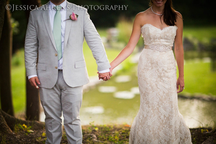 avanti mansion outdoor wedding photography buffalo ny_140