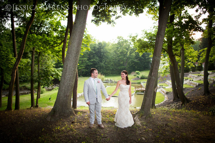avanti mansion outdoor wedding photography buffalo ny_142