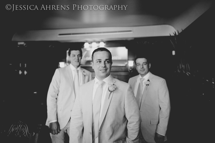avanti mansion outdoor wedding photography buffalo ny_36