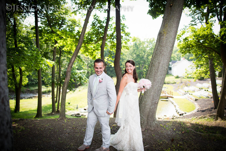 avanti mansion outdoor wedding photography buffalo ny_39