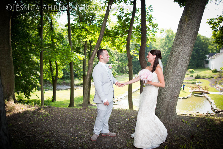avanti mansion outdoor wedding photography buffalo ny_40