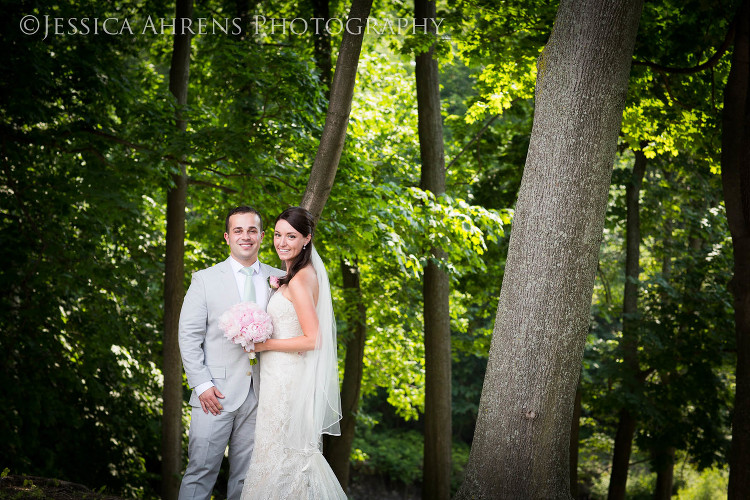 avanti mansion outdoor wedding photography buffalo ny_41