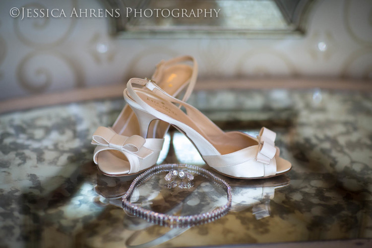 avanti mansion outdoor wedding photography buffalo ny_5