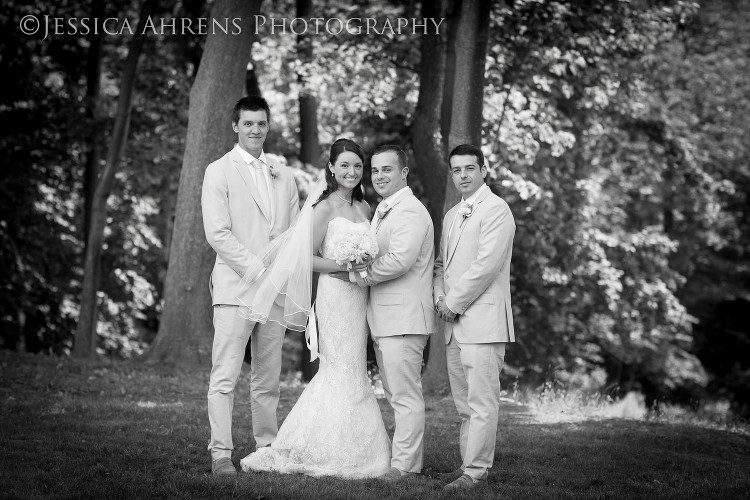 avanti mansion outdoor wedding photography buffalo ny_51