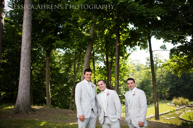 avanti mansion outdoor wedding photography buffalo ny_54