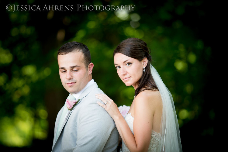avanti mansion outdoor wedding photography buffalo ny_57