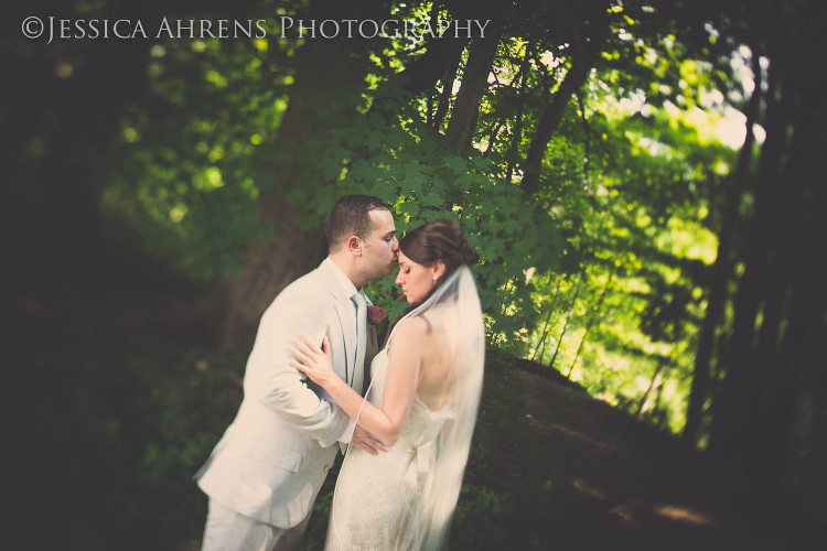 avanti mansion outdoor wedding photography buffalo ny_60