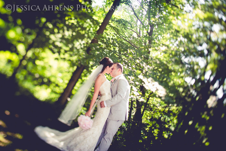avanti mansion outdoor wedding photography buffalo ny_63