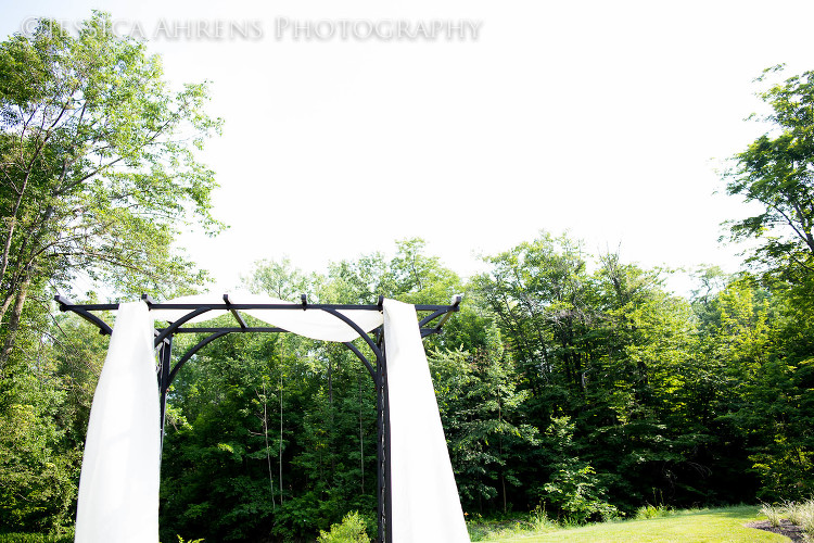 avanti mansion outdoor wedding photography buffalo ny_86