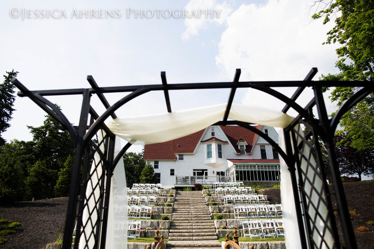 avanti mansion outdoor wedding photography buffalo ny_89