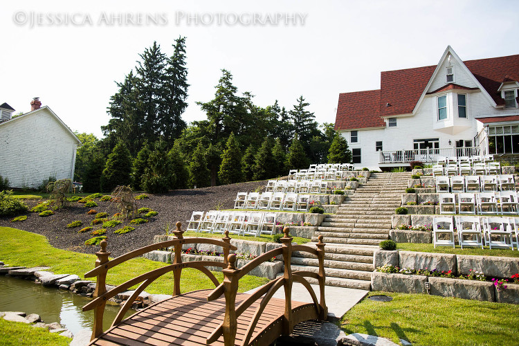 avanti mansion outdoor wedding photography buffalo ny_90