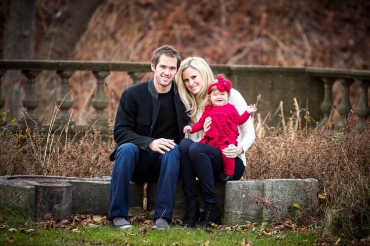 Fun and creative family portrait photography at Buffalo History Museum and Japanese Gardens by the best photographer in Buffalo, NY, Jessica Ahrens Photography.