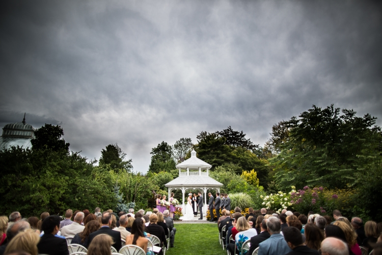 Botanical gardens wedding photographer by the best wedding photographer in Buffalo, NY, Jessica Ahrens Photography.